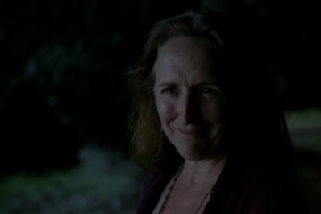 Fiona Shaw was melting Pam's face and grinning maniacally while doing it. BAD FIONA.