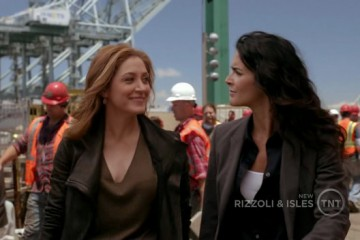 Rizzoli.and.Isles.S02E09.HDTV.XviD-ASAP.[VTV].avi.Still004
