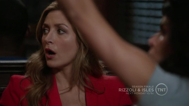 Rizzoli as a girl you really can't use punch like a girl as an insult