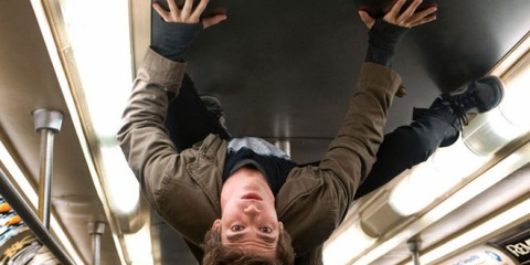 andrew-garfield-emma-stone-amazing-spiderman-stills