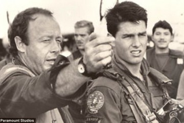 Tony Scott directing Tom Cruise on the set of Top Gun.