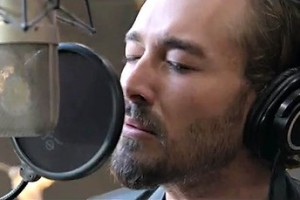 Daniel Johns recording the theme for Qantas Airlines.