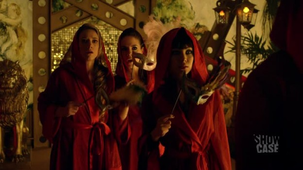 Lauren- horror. Bo- horror. Fake Kenzi- a fucking manta?